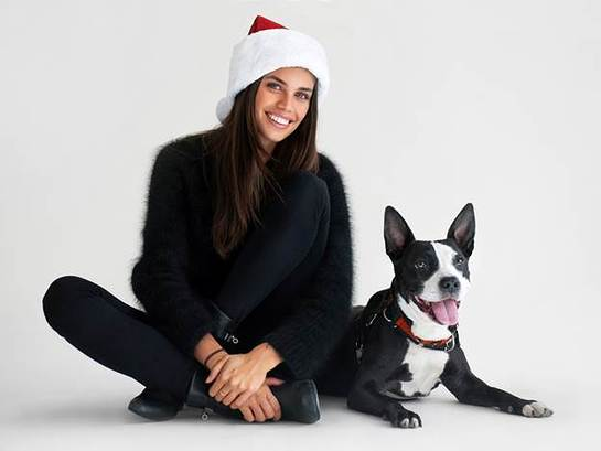 Sara Sampaio and Tahini, a 6 year old pit bull mix