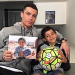Cristiano Ronaldo Shows Support For Syrian Refugee Children