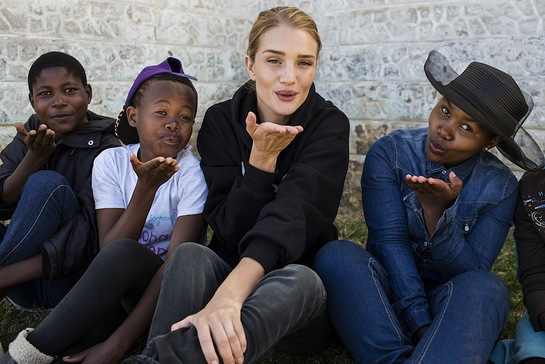Rosie also spent time with children at the Unicef supported Sentebale youth club
