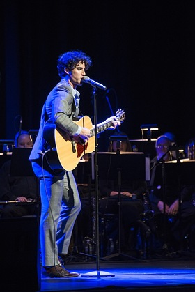Darren Criss Performs