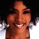 Angela Bassett To Be Honored At CARRY Benefit