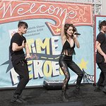 Stars Celebrate 27th Annual A Time For Heroes Festival