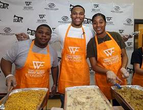 Russell Westbrook Kicks off holiday spirit early with 5th Annual Thanksgiving Dinner serving nearly 1000 meals