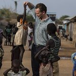 Tom Hiddleston Returns To South Sudan As Conflict Enters Fourth Year