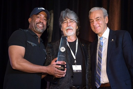 Darius Rucker and Randy Owen, and Richard Shadyac Jr., President and CEO of ALSAC