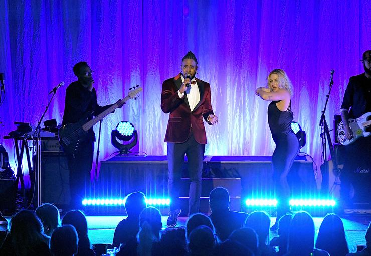Jason Derulo Performs At An Unforgettable Evening