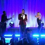 Jason Derulo And Chris Martin Perform At An Unforgettable Evening
