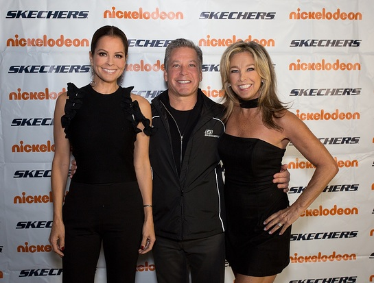 Brooke Burke-Charvet, Skechers President Michael Greenberg and Denise Austin at the 2017 SKECHERS Friendship Walk Check Presentation