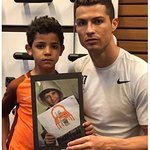 Cristiano Ronaldo Gets Haircut Advice From Syrian Refugee Teen