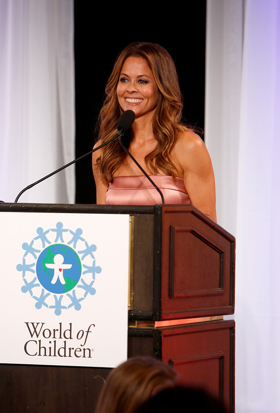 Brooke Burke-Charvet at 2017 World of Children Hero Awards