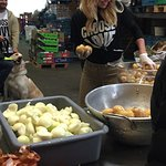 Pamela Anderson Dishes Up Vegan Curry To Homeless Refugees In Calais