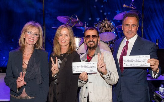 Jan Jones Blackhurst, Barbara Starkey, Ringo Star and Caesars Entertainment President and CEO Mark Frissora