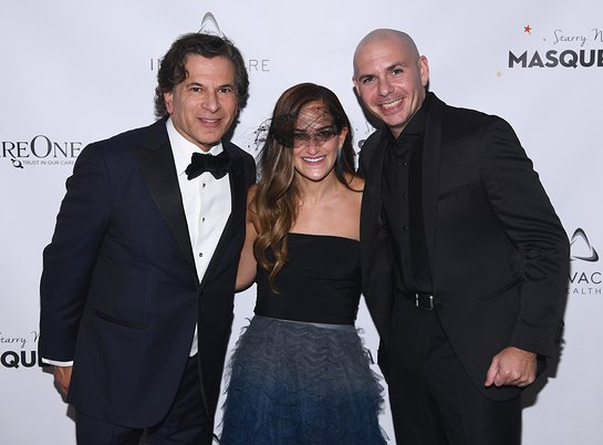 Daniel E Straus, Lizzy Straus, and Pitbull