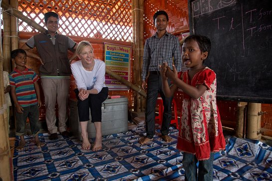 Cate Blanchett meets young Rohingya refugees