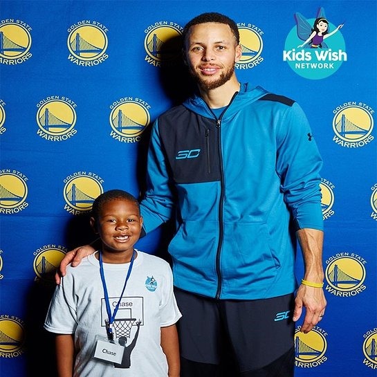 7332225b4265 Stephen Curry Gives Boy His Wish - Look to the Stars