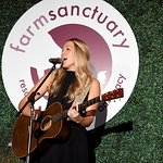 Stars Attend 2018 Farm Sanctuary On The Hudson Gala
