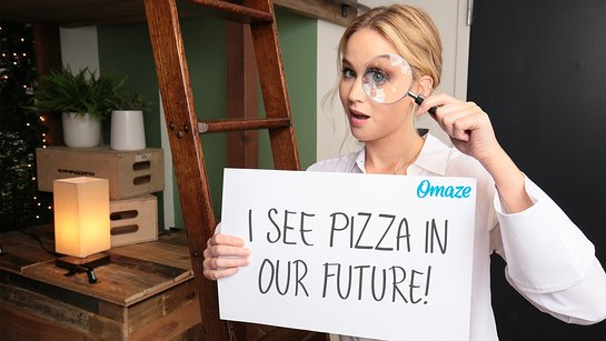 Grab Pizza With Jennifer Lawrence
