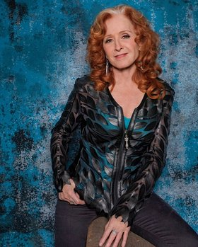 Bonnie Raitt to Perform at Sing Out for Seva
