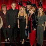 Stars Perform At Fifth Annual Nashville Senior Christmas ShinnDig