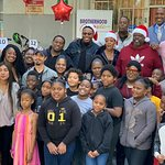 Cedric The Entertainer Makes Christmas Dreams Come True for Brotherhood Crusade Students