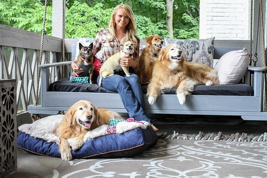 Miranda with her rescues Waylon, Delta Dawn, Cher, Bellamy, and Jess