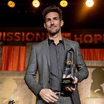 St. Jude Children's Research Hospital Honors Jake Owen With Angels Among Us Award