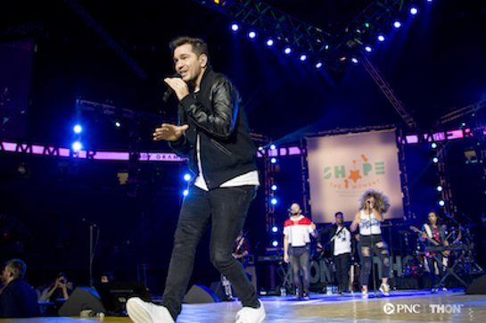 Andy Grammer Performs for Penn State University students