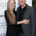 Stars Celebrate With Suzy Amis Cameron At 2019 Red Carpet Green Dress Event