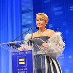 Yeardley Smith Honored At Human Rights Campaign Los Angeles Dinner