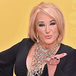 Country Icon Tanya Tucker Speaks Out Against Roadside Zoo After Disturbing Visit