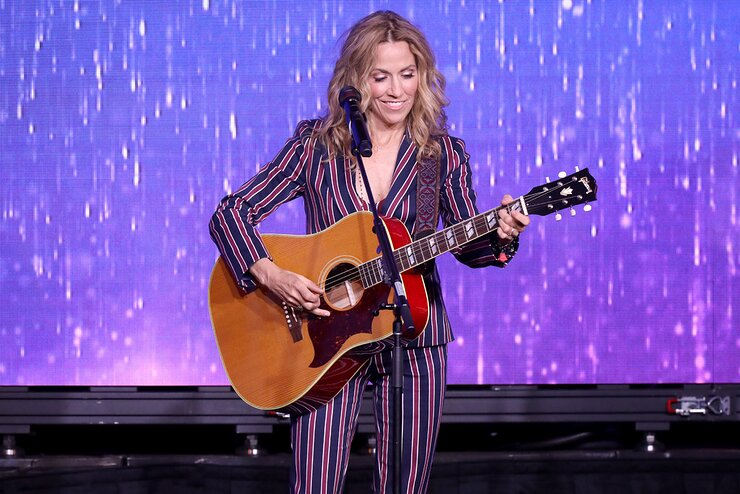 Sheryl Crow performs onstage at the 44th Annual Gracies Awards