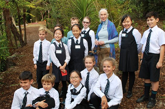 Jane and the Year 5 students at the Kristen School Roots & Shoots event