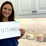 Your Chance To Bake Cookies With Jennifer Garner