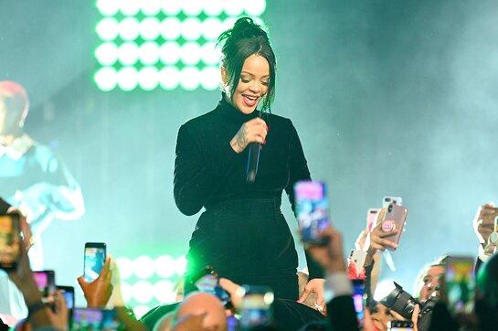 Rihanna performs onstage during Rihanna's 5th Annual Diamond Ball