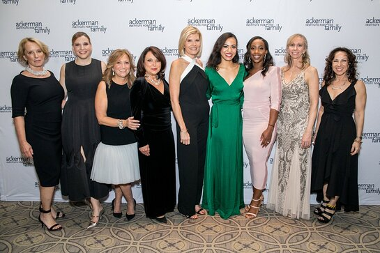 Martha Fling, Leslie Roberts, Deborah Werner, CEO Gisselle Acevedo, honorees Kate Snow, Ashley De La Rosa, Abby Phillip, Christina Ackermann and Maria Hinojosa.
