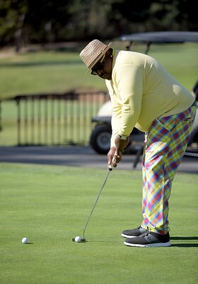 Cedric the Entertainer Hosts 20th Emmys Golf Classic