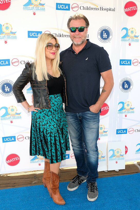 Tori Spelling Attends Party on the Pier