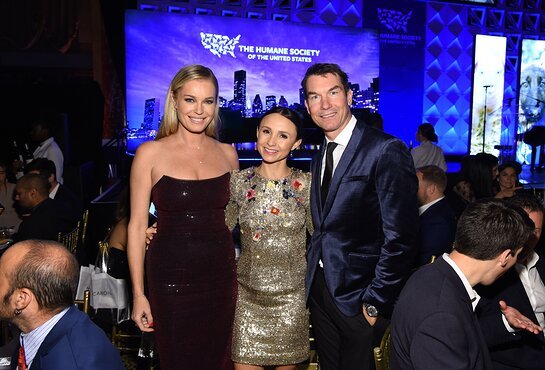 Rebecca Romijn, Georgina Bloomberg and Jerry O'Connell pose for a photo at the HSUS 'To The Rescue!' 2019 Gala.