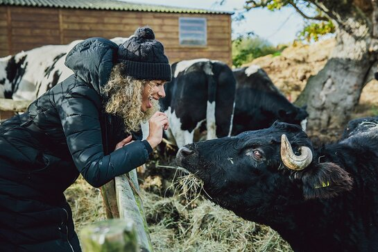 Leona Lewis meets a resident at the Hopefield Animal Sanctuary.