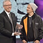 Jason Mraz Honored with the Music for Life Award at The 2020 NAMM Show