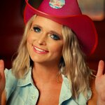 Miranda Lambert's Neon Cowboys Light Up Hat Goes Up For Auction to Benefit GLAAD