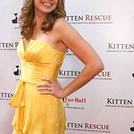 Jenna Fischer Hosts Fur Ball