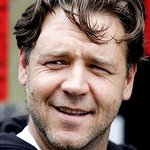 Russell Crowe Promotes Environmental Petition