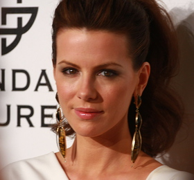Kate Beckinsale at 2008 Fulfillment Fund Gala