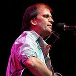 Steve Earle Gives Support To Walmart Protest