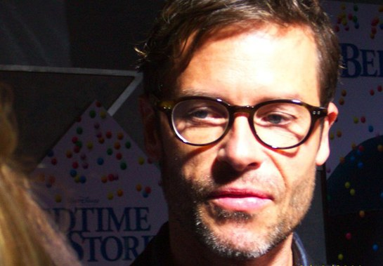 Guy Pearce Supports Toys for Tots