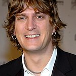 Rob Thomas To Play Charity Gigs This Summer
