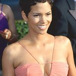 Halle Berry Joins Bruce Willis At EIF Revlon Run/Walk For Women In LA