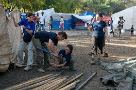 Sean Penn Builds School Tent in Haiti