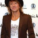 Richie Sambora And Nikki Lund Donate To Starlight Foundation